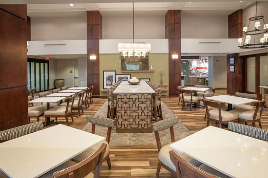 Hampton Inn & Suites Mobile Providence Park/Airport: Reception