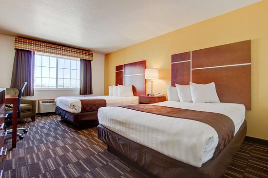 Firestone, CO: Two Queen Bed Guest Room