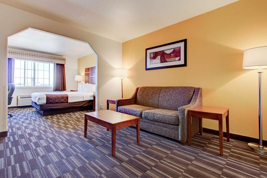 Firestone, CO: Suite