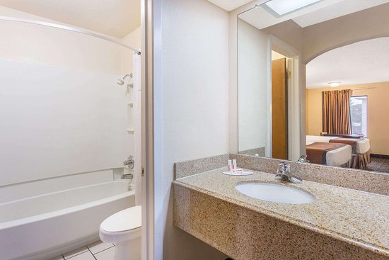 Monticello, AR: Guest room bath
