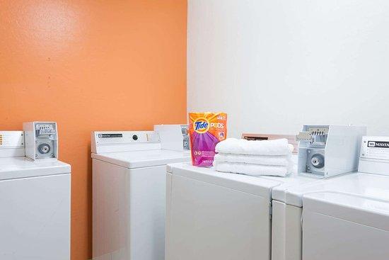 Bellemont, AZ: Guest Laundry