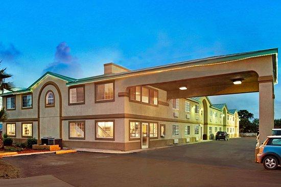 Days Inn By Wyndham San Antonio Airport 58 ̶6̶5̶