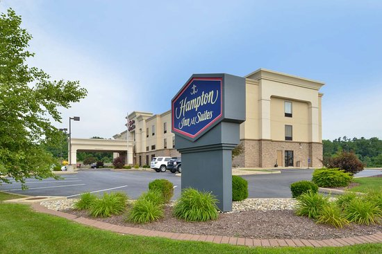 Hampton Inn & Suites St. Louis-Edwardsville