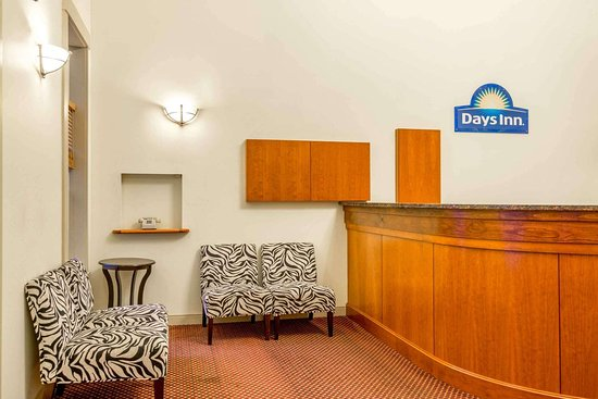 Days Inn by Wyndham Airport/Maine Mall