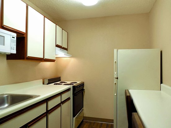Extended Stay America - Detroit - Ann Arbor - University South: Fully Equipped Kitchens