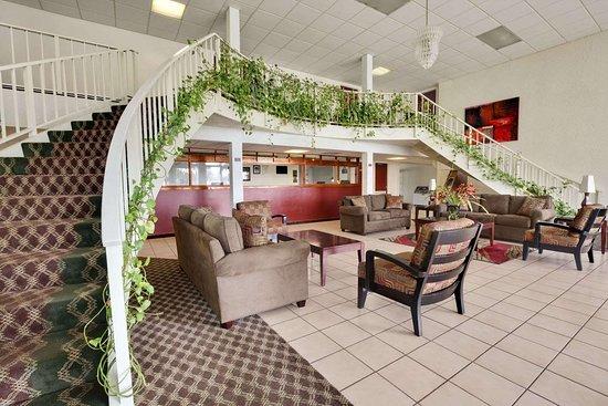 Days Inn by Wyndham Fort Pierce Midtown : Lobby