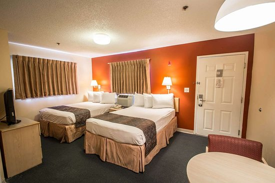 Suburban Extended Stay Hotel - Stuart : Guest room with double beds