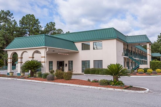 Days Inn by Wyndham Summerton