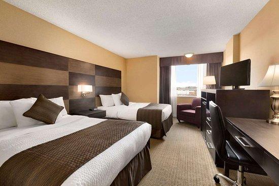 Days Inn - Calgary South: Guest room