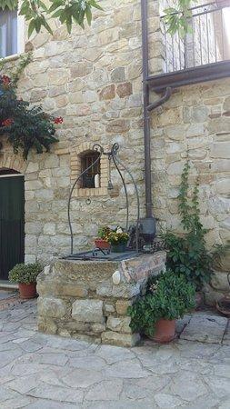 Macchia Valfortore, Italy: 20180617_162924_large.jpg