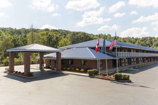 Days Inn by Wyndham Renfro Valley Mount Vernon