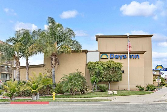 Days Inn by Wyndham Torrance Redondo Beach Hotel