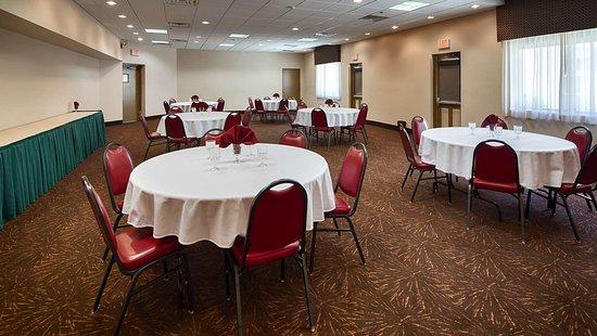 Thorofare, NJ: Banquet room