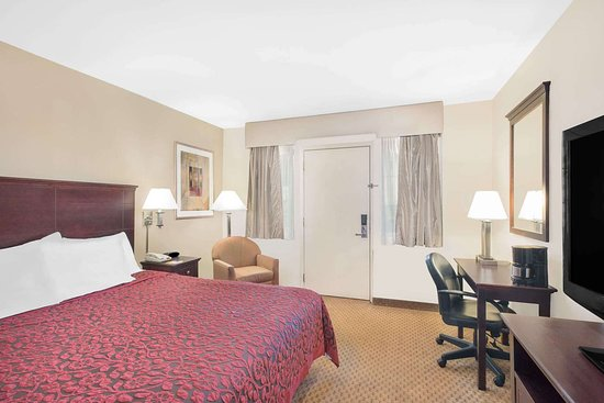 Springfield - Delaware County, PA: Guest room