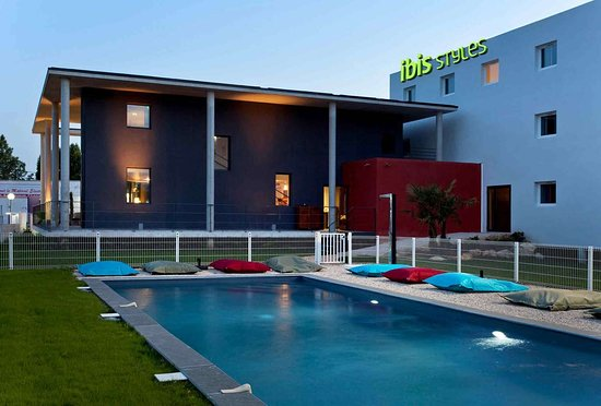 Ibis Styles Pertuis France Hotel Reviews Photos