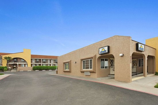 Days Inn by Wyndham San Simeon