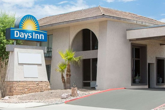 Days Inn by Wyndham Lake Havasu
