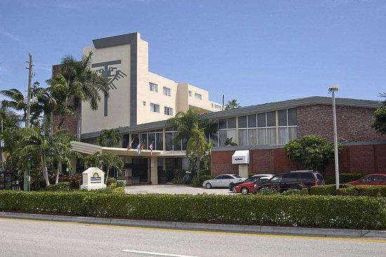 Days Hotel By Wyndham Thunderbird Beach Resort Sunny Isles Fl Foto S Reviews En Prijsvergelijking Tripadvisor