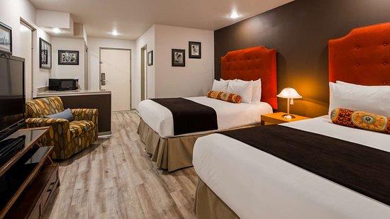 best western plus hollywood hills hotel 200 2 6 3. Black Bedroom Furniture Sets. Home Design Ideas