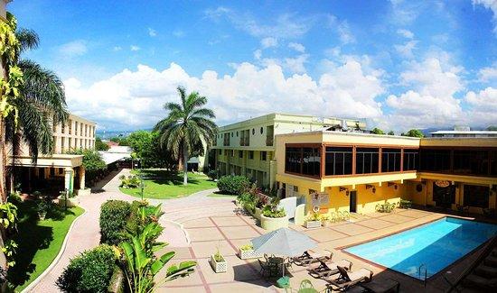 Resorts Near Kingston