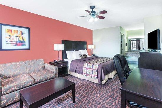Rayville, لويزيانا: Guest room