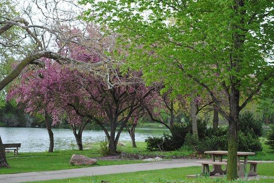 Cherokee, IA: Spring Lake Park