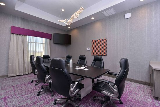 Trophy Club, TX: Meeting Room