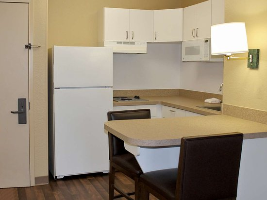Extended Stay America - Orange County - Cypress: Fully Equipped Kitchens