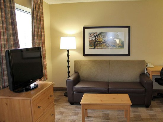 Extended Stay America - Orange County - Cypress: Deluxe Studio - 1 King Bed
