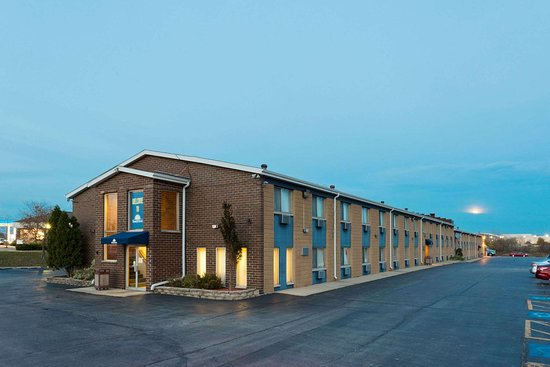 Days Inn by Wyndham Rockford