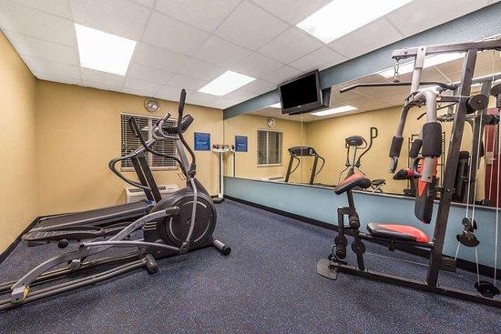Rockdale, TX: Fitness Center