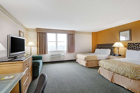 Methuen, MA: 2 Double Bed Room