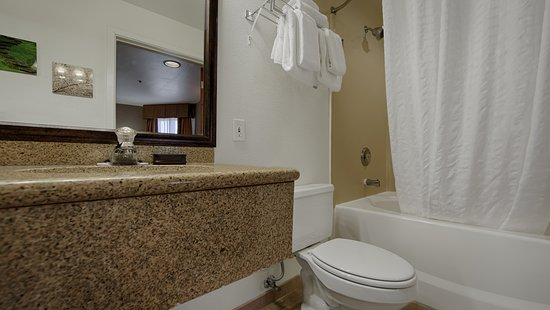 Patterson, Kalifornien: Guest Bathroom