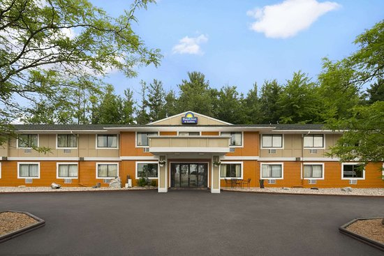 Days Inn & Suites by Wyndham Stevens Point