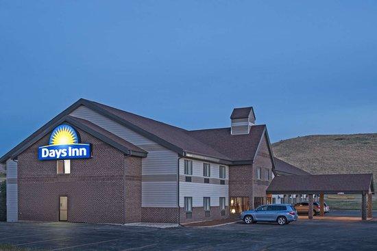 Days Inn By Wyndham Sturgis  61    U03367 U03360 U0336