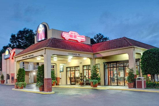 Days Inn by Wyndham Memphis at Graceland
