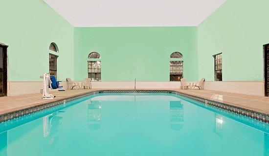 Hazen, AR: Pool