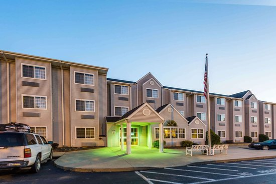 Microtel Inn & Suites by Wyndham Hillsborough