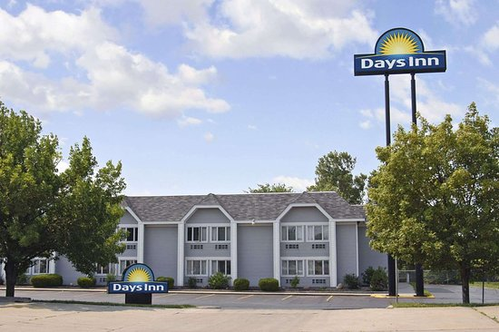 Days Inn by Wyndham Council Bluffs/9th Ave