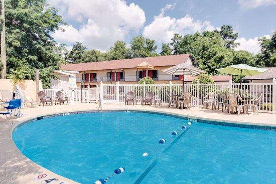 Aiken, SC: Pool