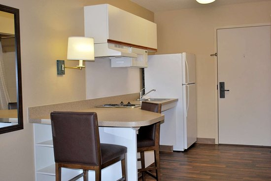 Extended Stay America   Newark   Woodbridge: Fully Equipped Kitchens