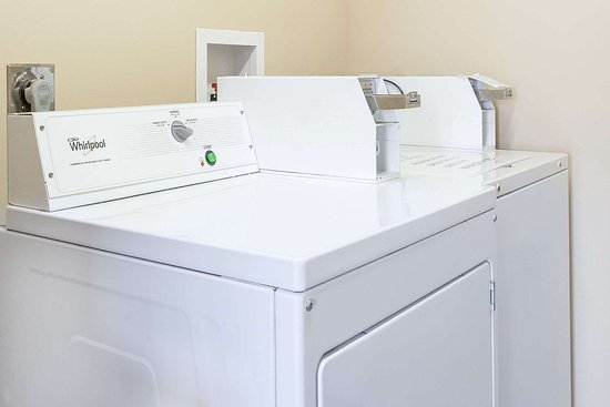 Dickson, TN: Guest Laundry