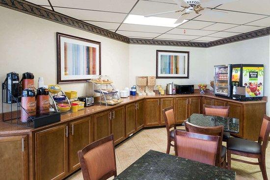 Batesville, MS: Property amenity