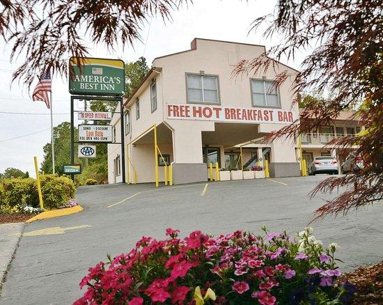 America's Best Inn - Calhoun