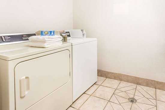 Brush, CO: Guest Laundry