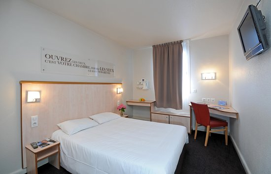 Hotel Lyon Croix Rousse C 1 0 1 C 76 Updated Prices Reviews