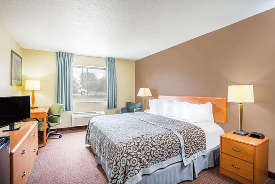 Evansdale, IA: Guest room