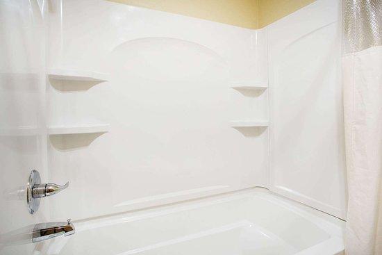 Evansdale, Αϊόβα: Guest room bath