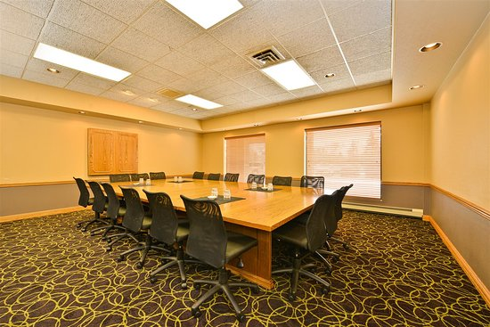Saint Cloud, MN: Board Room