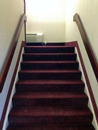 Willard, Ohio: Interior Stairway
